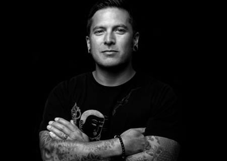 Tattoo Artist Jeff Gogué goes for Cheyenne. The famous tattooist and Cheyenne Artist, Jeff Gogué chose Cheyenne Tattoo Equipment, with which he can be creative, dynamic and deliver fine works.