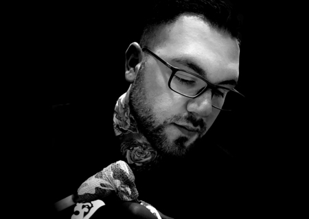 Tattoo Artist Carlos Fabra recommends Cheyenne Tattoo Equipment. Renowned Spanish tattoo artist Carlos Fabra creates his black-and-grey tattoos with the Cheyenne HAWK Spirit and Original Cheyenne Cartridges.